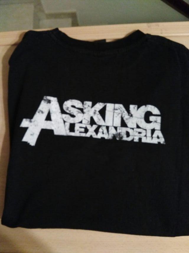 Camiseta Asking Alexandria Negra