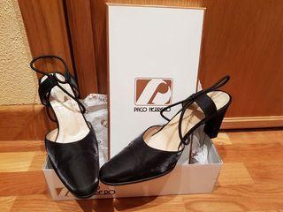 Zapatos de Salon Negros