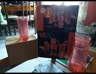 conjunto de vasos y jarra vintaje