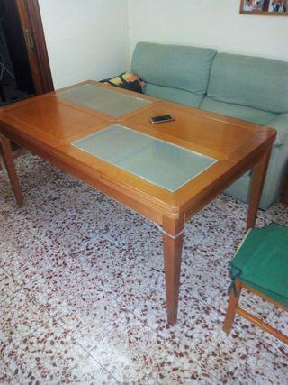 mesa de salon en perfecto estado