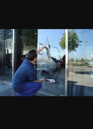 Limpieza de ventanas y ventanales