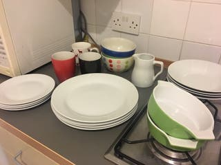 plates and cups service