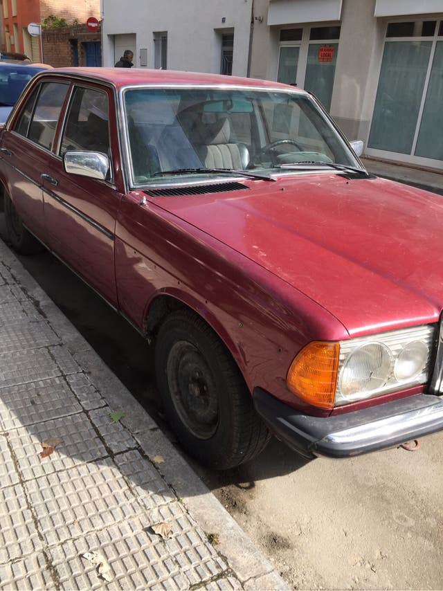 Mercedes-Benz W123 300diesel 1981 classico