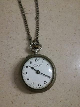 Reloj Lewa Systeme Roskopf