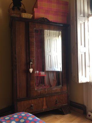Muebles de segunda mano por 500 en jaca wallapop for Wallapop armarios