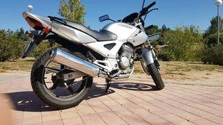 Moto.HONDA CBF 250. Año 2006. 46.000 kms.