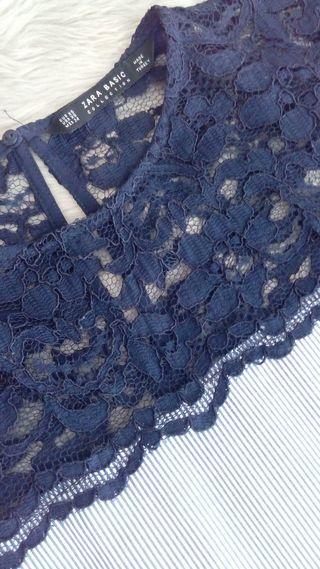 Blusa de encaje y rayas de Zara XS/S