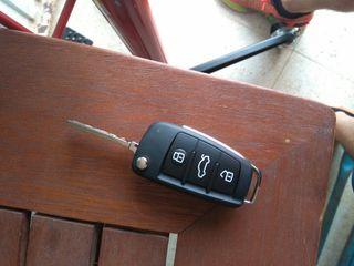 mando llave audi nueva 8P0837220D