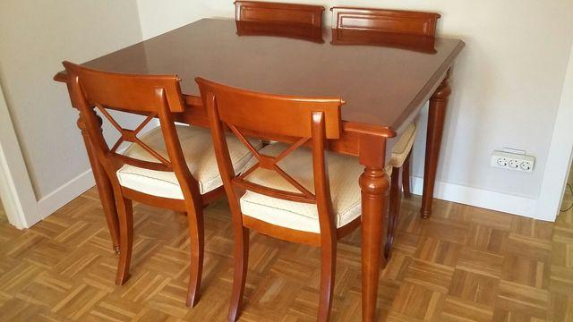 Mesa comedor y 4 sillas cerezo macizo de segunda mano por for Mesa comedor cerezo