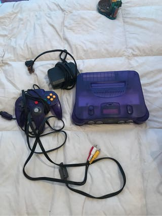 Nintendo 64 morada transparent