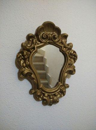 Espejo vintage, de escayola