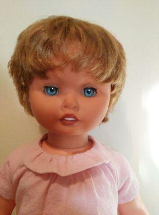 muñeca Cristina de gama 70 cm