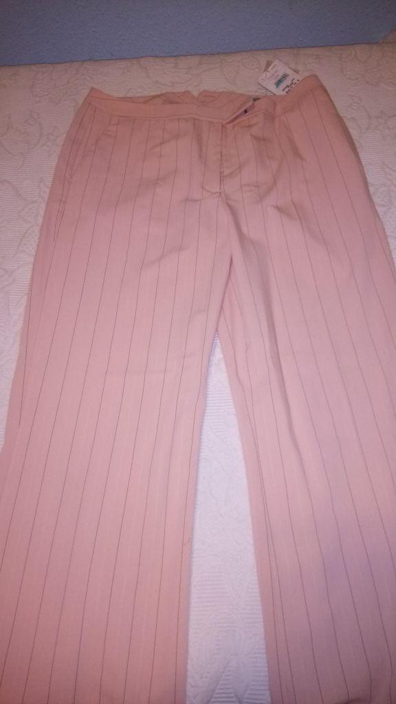 Pantalones Mujer Naf Naf Color Rosa Claro Ganster De Segunda Mano Por 8 En Linares En Wallapop