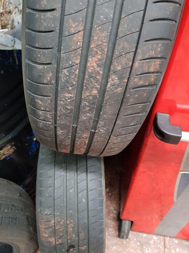 Neumático coche 2055516