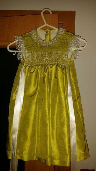 vestido de fiesta para bebé