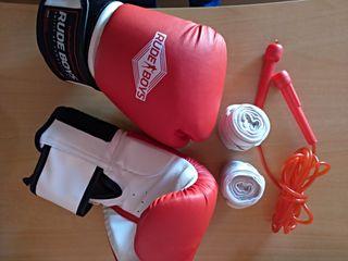 guantes boxeo, vendas y comba