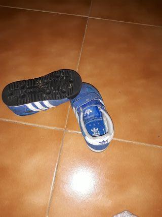 Zapatillas adidas niño talla 21