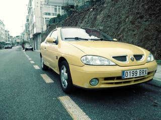 Renault Megane coupé URGE VENDER