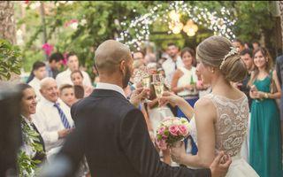 detalles de boda, salida ceremonia, carrito
