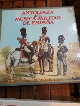 IMPECABLE. OBRA DE ANTOLOGIA DE MUSICA MILITAR .