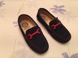 Zapatos de niño número 31