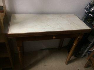 Mesa abatible de segunda mano por 25 en sevilla wallapop for Wallapop mesas