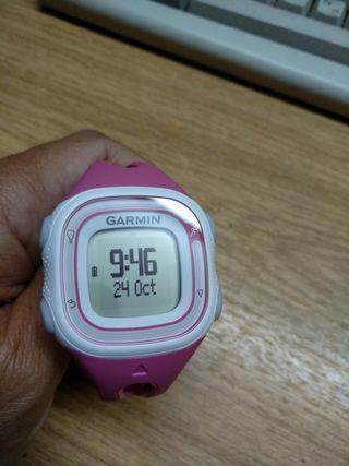 GPS Garmin con reloj Forerunner 10