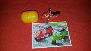 Figura Kinder Sorpresa Moto Roja