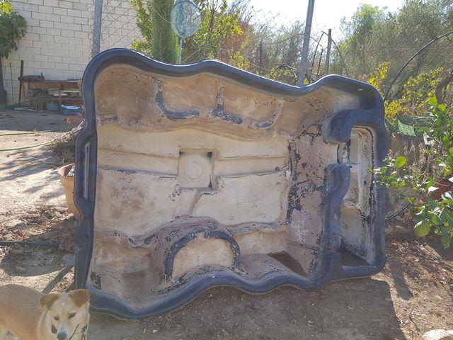 Estanque prefabricado de segunda mano por 185 en sevilla for Estanques prefabricados grandes