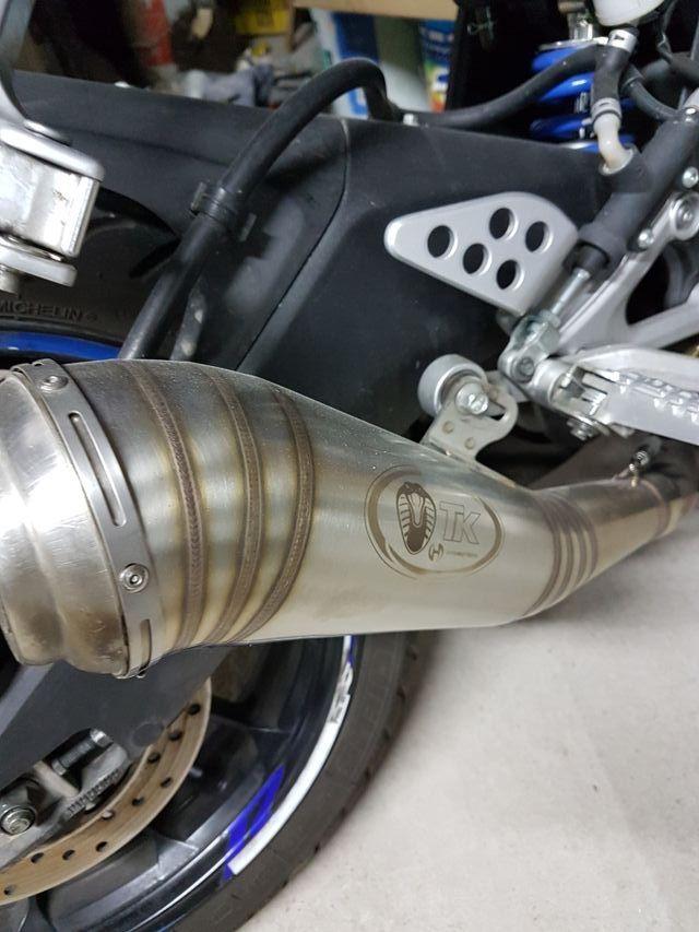 tubo de escape moto