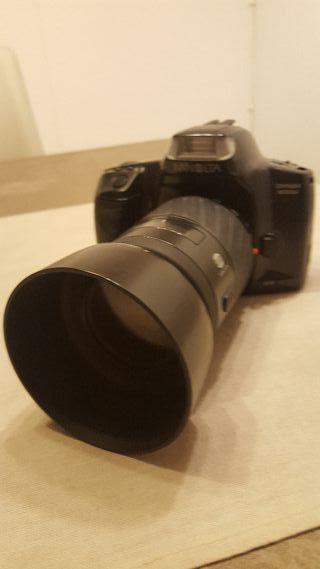cámara minolta de carrete