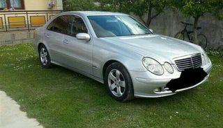 Mercedes-Benz 320 2005