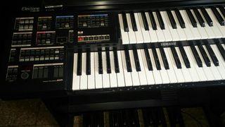 Organo Yamaha He-8