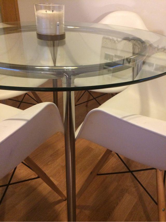 Mesa redonda cristal ikea de segunda mano por 90 en el - Mesa redonda cristal ikea ...
