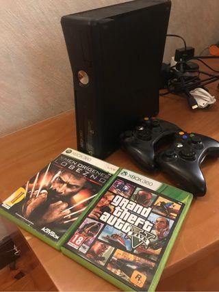 Consola xbox 360 1 mando y 2 juegos