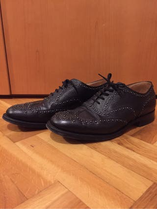 Zapatos church's negros