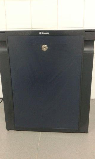 Minibar nevera Dometic