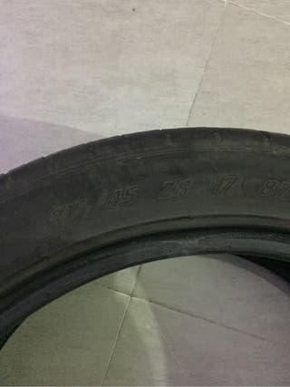 Neumático michelin pilot 215/45 17