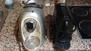 2 maquinas de cafe