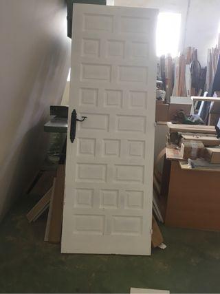 Puerta castellana de paso