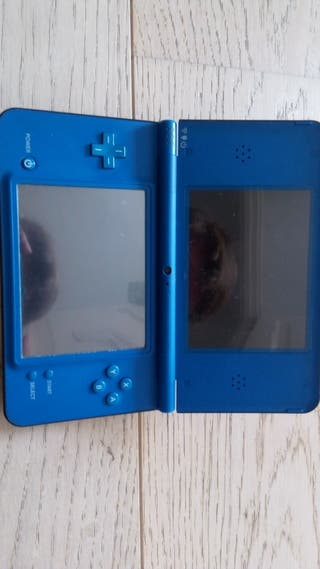 Nintendo DSi XL + juegos