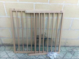Puerta valla seguridad para ni os o mascotas en for Puertas seguridad ninos