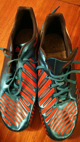 Botas fútbol tacos talla 42