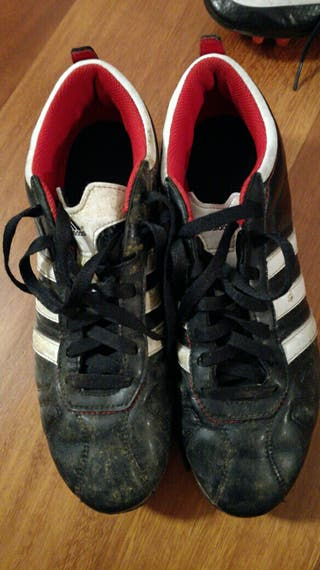 Botas fútbol tacos Adidas talla 41 2/3