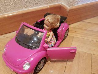 Coche hermana de Barbie y muñeca