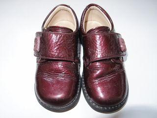 zapatos de piel para niña nº 24. Landos