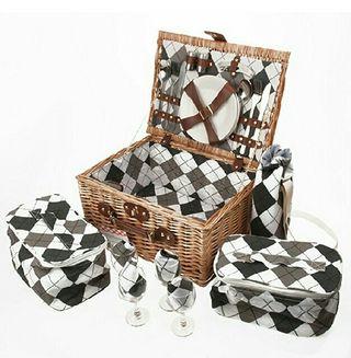 Cesta picnic completa para 4 personas