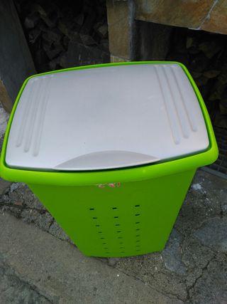 TATAY contenedor ropa sucia