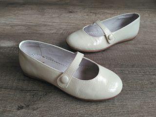 Zapatos niña charol