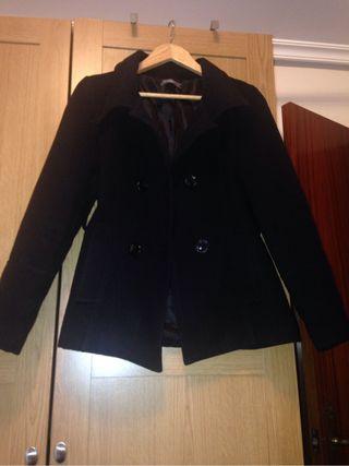 Abrigo negro elegante